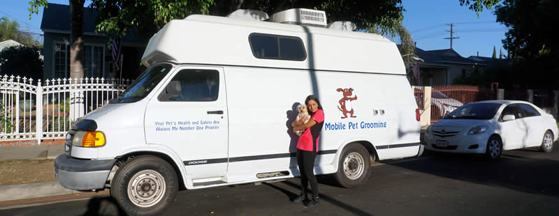 Mobile Pet Grooming Services